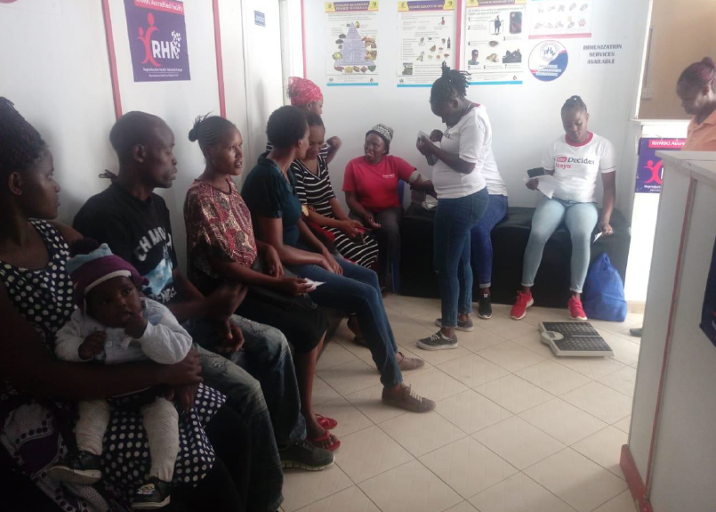 Dankzij jouw gift behielden 37.000 meisjes en vrouwen hun keuzevrijheid in 2019! Jaarverslag Reproductive Health Network Kenya gepubliceerd